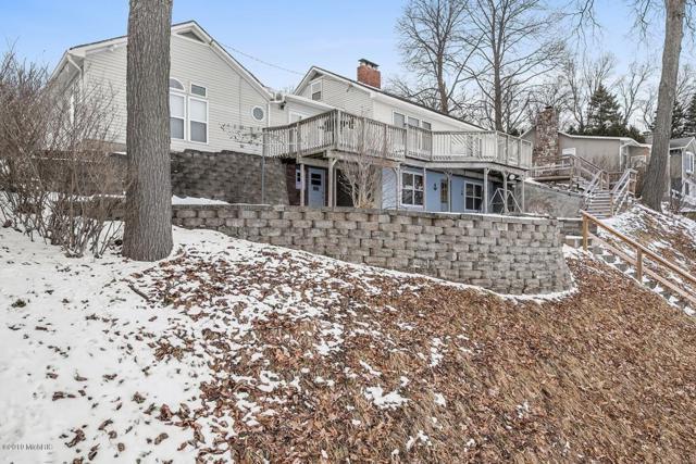 3411 W Shore Drive, Battle Creek, MI 49017 (MLS #19007935) :: Matt Mulder Home Selling Team