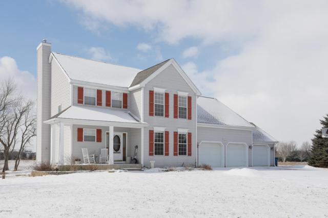 8694 E X Avenue, Vicksburg, MI 49097 (MLS #19007974) :: Matt Mulder Home Selling Team