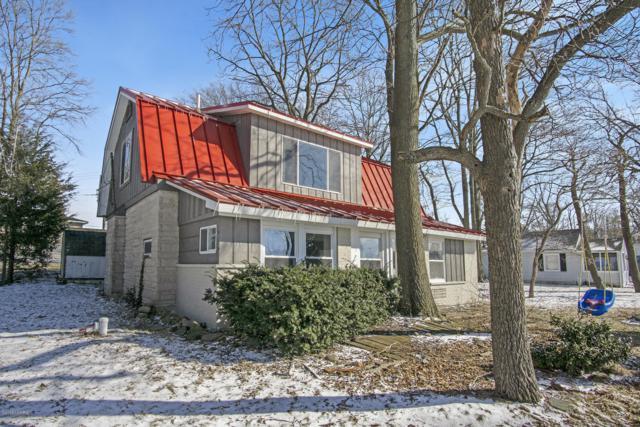 59256 Lakeshore Drive, Colon, MI 49040 (MLS #19008268) :: Deb Stevenson Group - Greenridge Realty