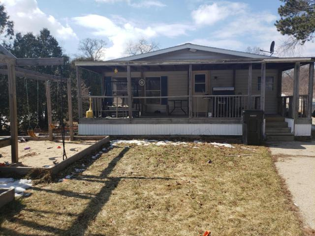 10612 Parkwood Drive, Montague, MI 49437 (MLS #19008490) :: Matt Mulder Home Selling Team