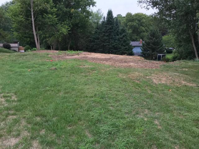 5964 Fairway Circle, Kalamazoo, MI 49009 (MLS #19008884) :: Matt Mulder Home Selling Team