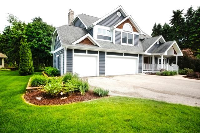 2506 Lake Vista Drive, St. Joseph, MI 49085 (MLS #19008892) :: JH Realty Partners