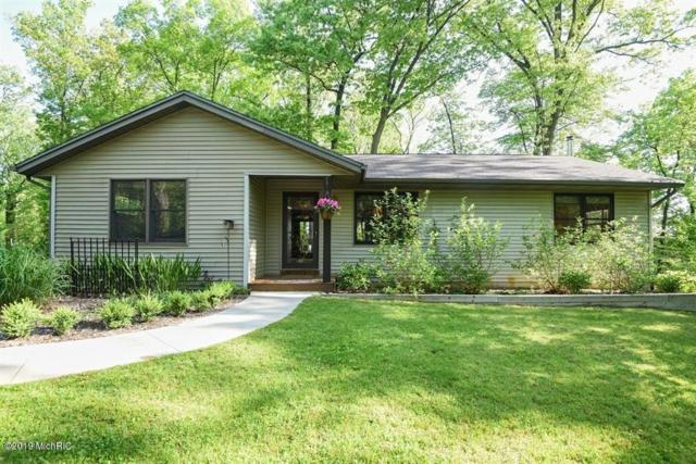 56793 Sunnyside Avenue, Cassopolis, MI 49031 (MLS #19009125) :: Matt Mulder Home Selling Team