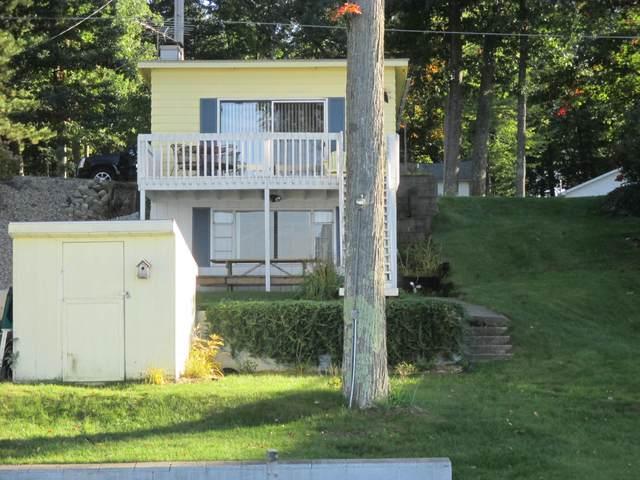 999 Hess Lake Drive, Grant, MI 49327 (MLS #19009133) :: JH Realty Partners