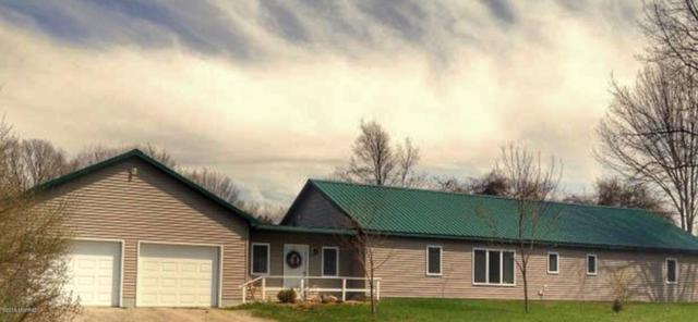 672 E Running Buck Road, Scottville, MI 49454 (MLS #19009222) :: Deb Stevenson Group - Greenridge Realty