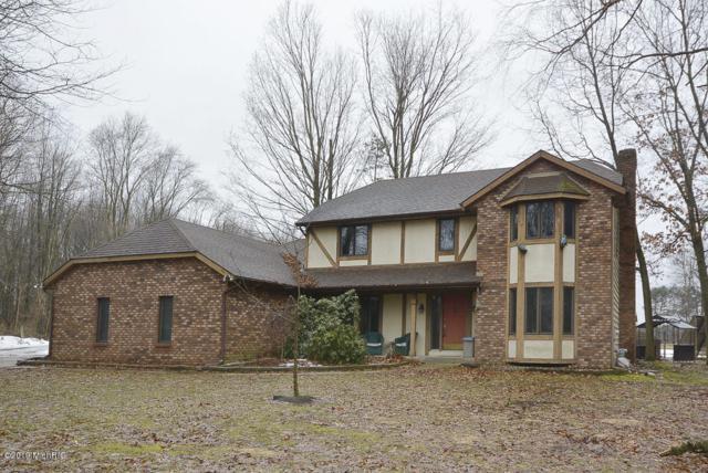 47208 Cr 653, Paw Paw, MI 49079 (MLS #19009292) :: Matt Mulder Home Selling Team