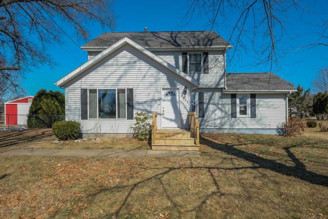 5911 E V Avenue, Vicksburg, MI 49097 (MLS #19009548) :: Matt Mulder Home Selling Team