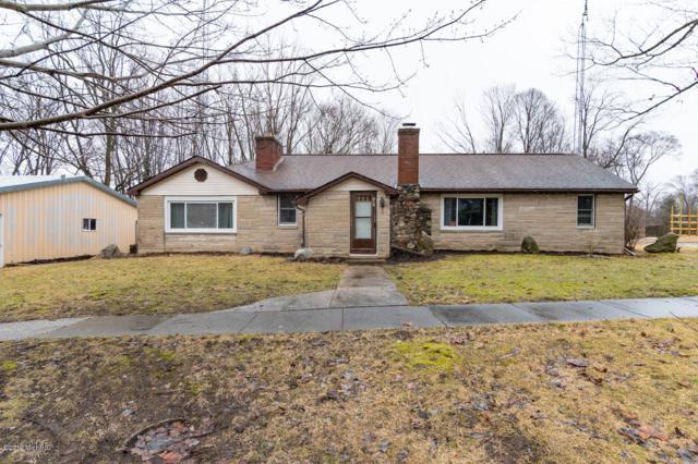 215 Main Street, Lawrence, MI 49064 (MLS #19009570) :: Deb Stevenson Group - Greenridge Realty