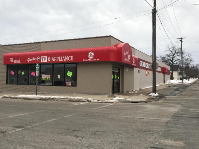 612 S Washington Avenue, Ludington, MI 49431 (MLS #19009590) :: Deb Stevenson Group - Greenridge Realty