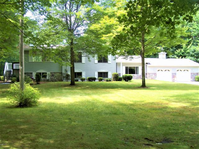 2103 N Peterson Road, Muskegon, MI 49445 (MLS #19009747) :: Deb Stevenson Group - Greenridge Realty