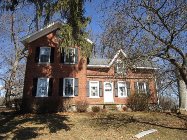 158 Calkins Road, Coldwater, MI 49036 (MLS #19009755) :: Deb Stevenson Group - Greenridge Realty