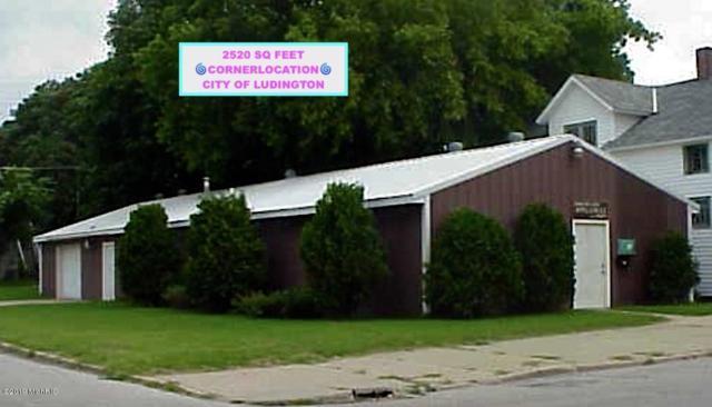 501 E Dowland Street, Ludington, MI 49431 (MLS #19009823) :: Deb Stevenson Group - Greenridge Realty