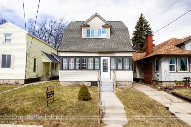 617 Barnett Street NE, Grand Rapids, MI 49503 (MLS #19010011) :: JH Realty Partners