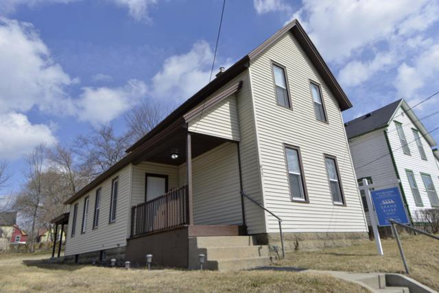 627 Franklin Street SE, Grand Rapids, MI 49507 (MLS #19010038) :: JH Realty Partners