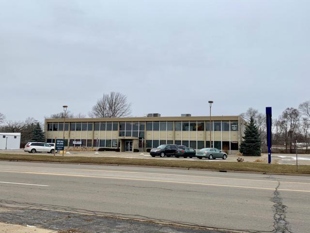 1346 W Columbia Avenue, Battle Creek, MI 49015 (MLS #19010051) :: Matt Mulder Home Selling Team