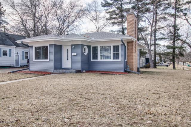 835 North Avenue, Battle Creek, MI 49017 (MLS #19010199) :: Matt Mulder Home Selling Team