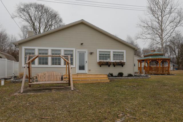 1244 S Blossom Lake Drive, Colon, MI 49040 (MLS #19010200) :: Deb Stevenson Group - Greenridge Realty