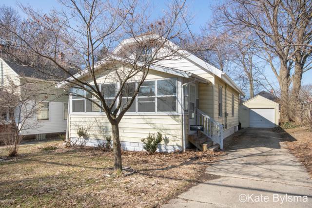 55 Arthur Avenue NE, Grand Rapids, MI 49503 (MLS #19010229) :: Deb Stevenson Group - Greenridge Realty