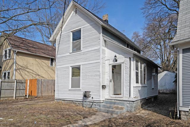 708 Sinclair Avenue NE, Grand Rapids, MI 49503 (MLS #19010230) :: Deb Stevenson Group - Greenridge Realty