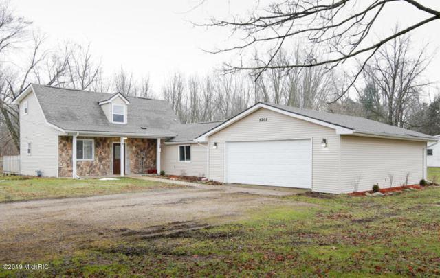 5201 Capital Avenue SW, Battle Creek, MI 49015 (MLS #19010300) :: Matt Mulder Home Selling Team