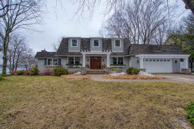 16150 Norfolk Drive, Spring Lake, MI 49456 (MLS #19010405) :: Matt Mulder Home Selling Team