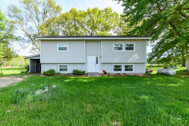 603 1/2 Marsh Road, Plainwell, MI 49080 (MLS #19010466) :: Deb Stevenson Group - Greenridge Realty