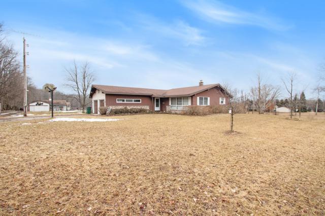 13021 Stout Avenue NE, Cedar Springs, MI 49319 (MLS #19010574) :: Deb Stevenson Group - Greenridge Realty