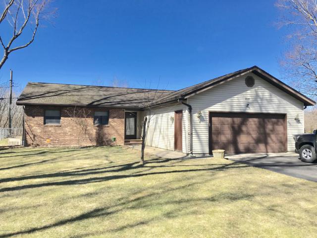 2360 Roncy Road, Benton Harbor, MI 49022 (MLS #19010638) :: Deb Stevenson Group - Greenridge Realty