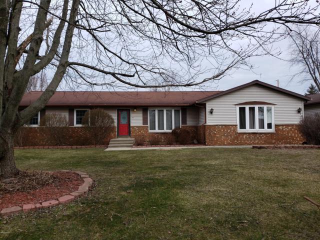 205 Walnut Street, Three Oaks, MI 49128 (MLS #19010747) :: Deb Stevenson Group - Greenridge Realty