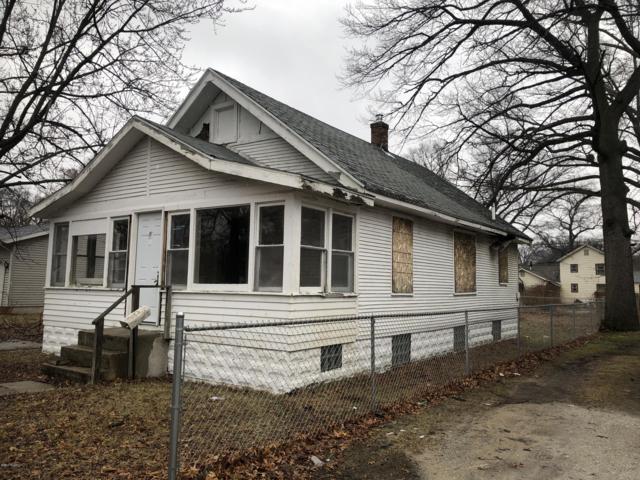2122 Howden Street, Muskegon Heights, MI 49444 (MLS #19010786) :: JH Realty Partners