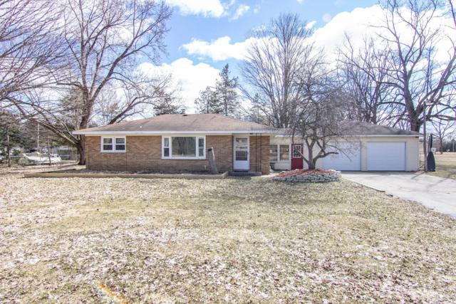 1882 Jefferson Road, Otsego, MI 49078 (MLS #19010841) :: Matt Mulder Home Selling Team