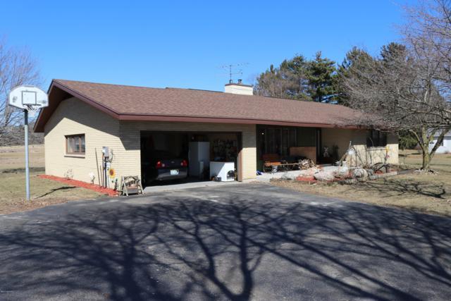 135 E 120th Street, Grant, MI 49327 (MLS #19010907) :: Deb Stevenson Group - Greenridge Realty