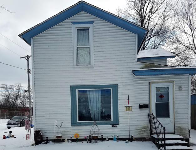 1 Avenue B, Springfield, MI 49037 (MLS #19010998) :: Deb Stevenson Group - Greenridge Realty