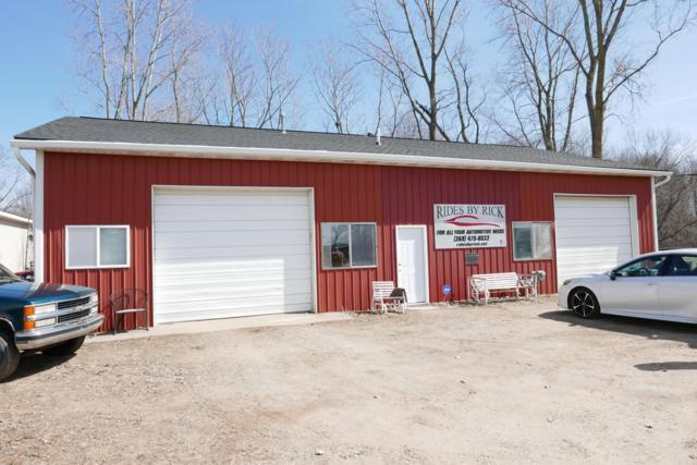 600 Spruce Street, Vicksburg, MI 49097 (MLS #19011313) :: Matt Mulder Home Selling Team