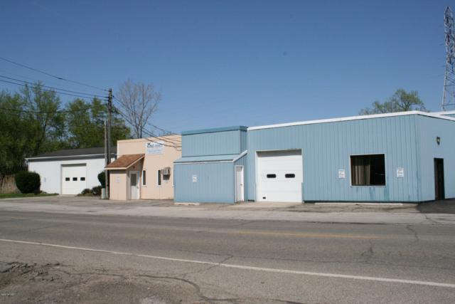 8903 Stevensville-Baroda Road, Baroda, MI 49101 (MLS #19011477) :: Deb Stevenson Group - Greenridge Realty