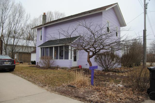 2713 Lilac Road, Hillsdale, MI 49242 (MLS #19011769) :: Deb Stevenson Group - Greenridge Realty