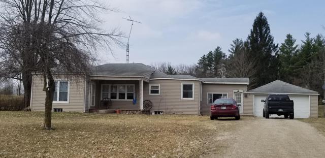 984 Weaver Road, Bronson, MI 49028 (MLS #19011788) :: Matt Mulder Home Selling Team