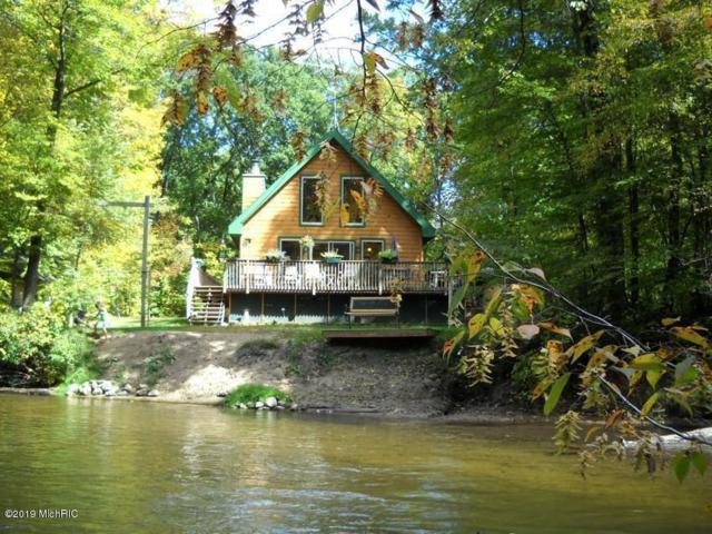 9045 Agawa Trail Trail, Howard City, MI 49329 (MLS #19011999) :: Deb Stevenson Group - Greenridge Realty