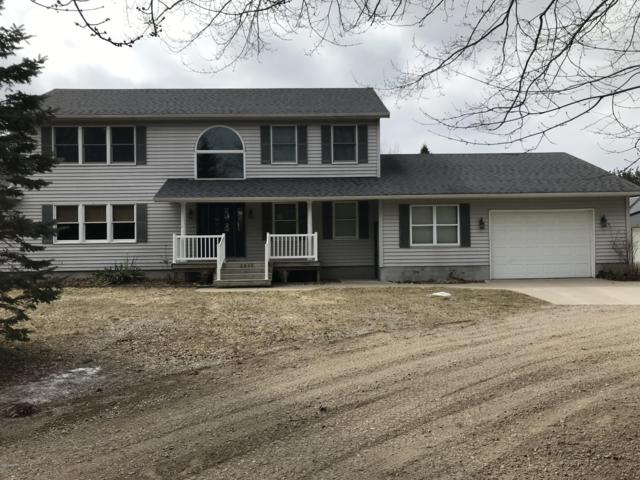2868 W Wilke Road, Rothbury, MI 49452 (MLS #19012245) :: Matt Mulder Home Selling Team
