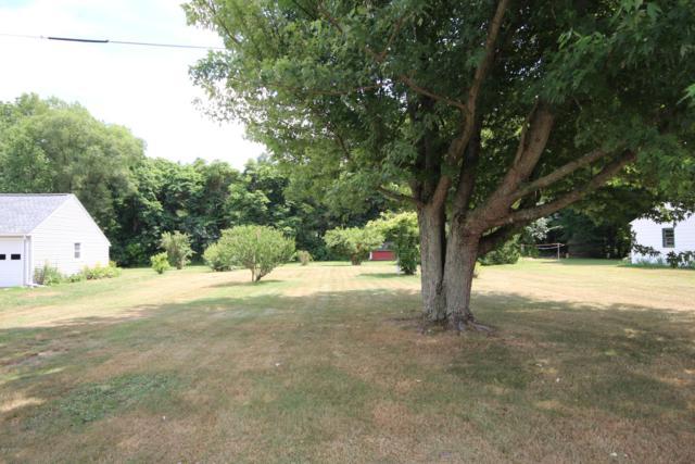13057 Brockway Boulevard, Vicksburg, MI 49097 (MLS #19012396) :: Matt Mulder Home Selling Team