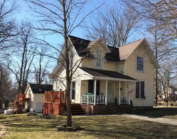 223 W Chicago Street, Jonesville, MI 49250 (MLS #19012481) :: CENTURY 21 C. Howard
