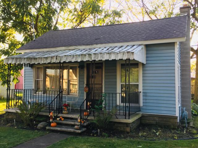 212 Lynn Street, Reading, MI 49274 (MLS #19012684) :: Deb Stevenson Group - Greenridge Realty