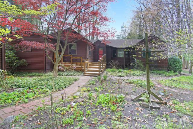1993 N Scenic Drive, Muskegon, MI 49445 (MLS #19012750) :: Deb Stevenson Group - Greenridge Realty