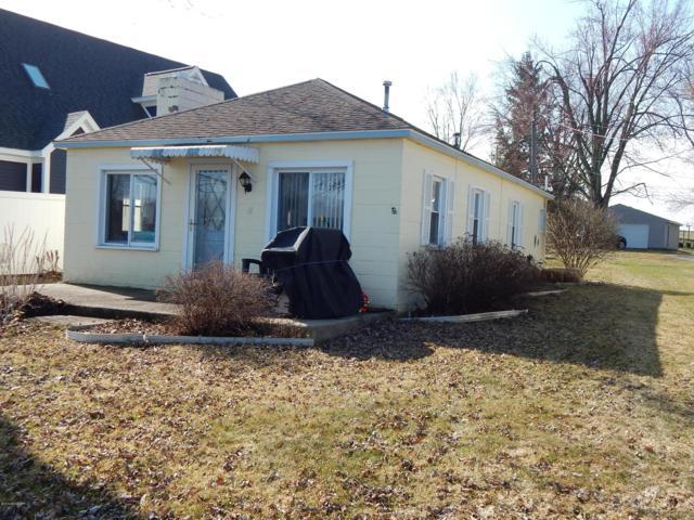 6494 Dausman Park, Clarksville, MI 48815 (MLS #19012949) :: CENTURY 21 C. Howard
