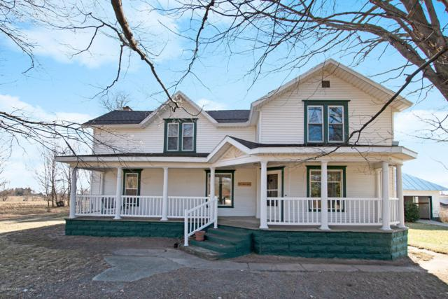 9288 N Amble Road, Howard City, MI 49329 (MLS #19012979) :: Matt Mulder Home Selling Team