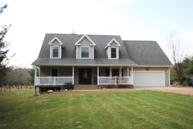 9228 E X Avenue, Vicksburg, MI 49097 (MLS #19013221) :: Matt Mulder Home Selling Team