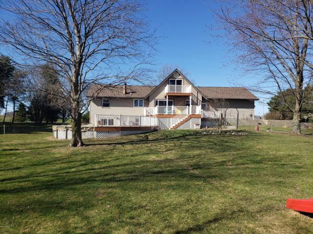 2904 146th Avenue, Byron Center, MI 49315 (MLS #19013398) :: Deb Stevenson Group - Greenridge Realty