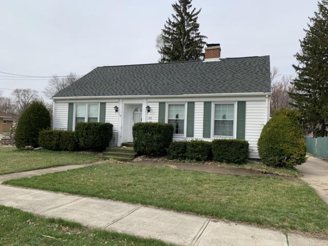140 Taylor Street, Coldwater, MI 49036 (MLS #19013902) :: Matt Mulder Home Selling Team
