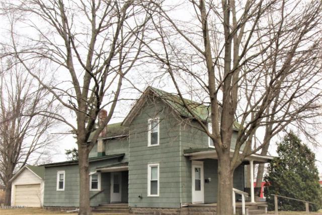 104 W Bridge Street, Big Rapids, MI 49307 (MLS #19013914) :: Deb Stevenson Group - Greenridge Realty