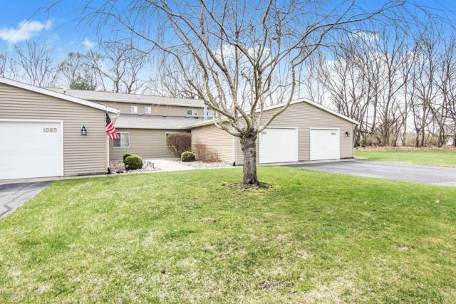 1062 Wedgewood Drive #40, Plainwell, MI 49080 (MLS #19014189) :: Matt Mulder Home Selling Team